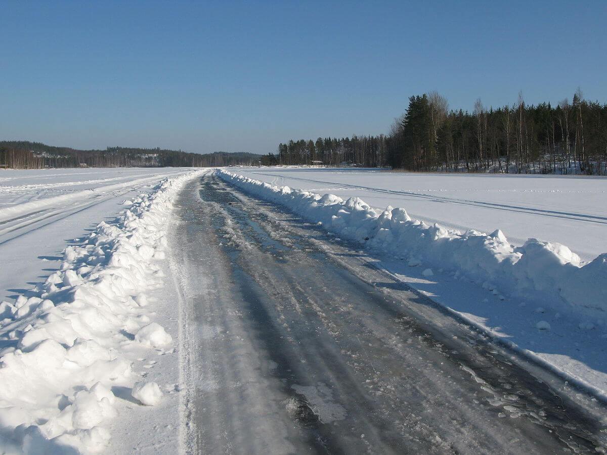 جاده در برف