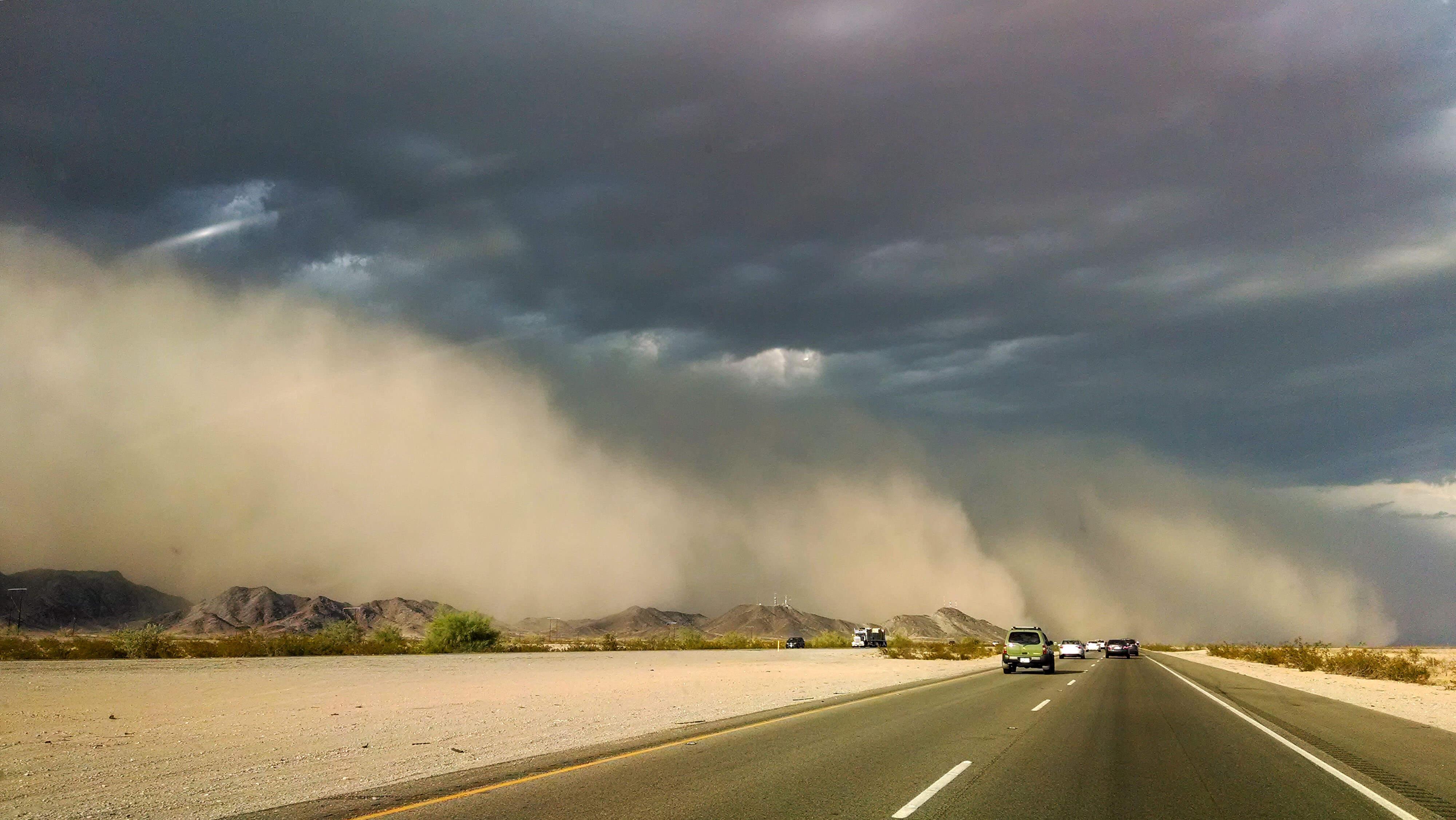 طوفان گرد و خاک